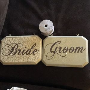 Bride and groom plaques